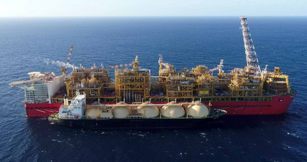 Shell shutters Prelude LNG and delays Crux expansion