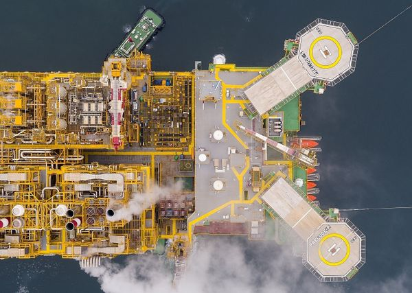 Shell tells Prelude LNG workers to isolate in their own time