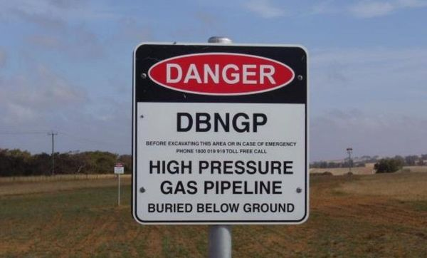 Regulator cuts Dampier to Bunbury gas pipeline life as energy transition bites