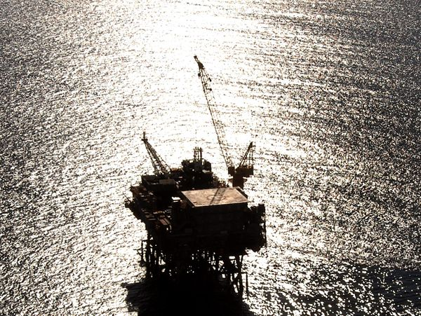 Pitt to oil and gas: you can sell assets but not escape liabilities
